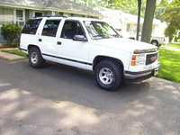 Picture of 1998 GMC Yukon 4 Dr SLE SUV, exterior