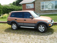 Picture of 1998 Toyota RAV4 4 Door AWD, exterior