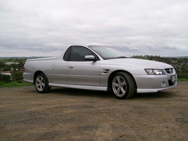 Picture of 2005 Holden Commodore