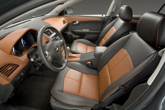 Used 2014 Chevy Impala >> 2009 Chevrolet Malibu - Interior Pictures - CarGurus