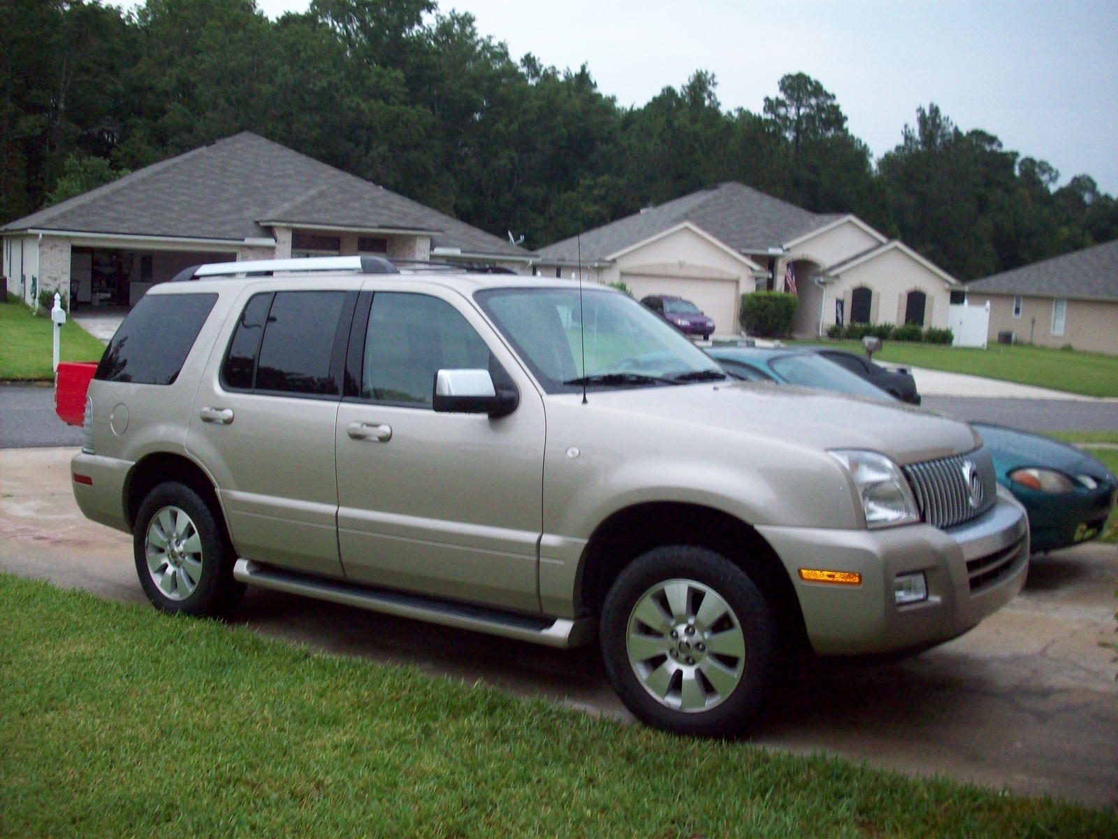 Mercury Mountaineer Premier Awd