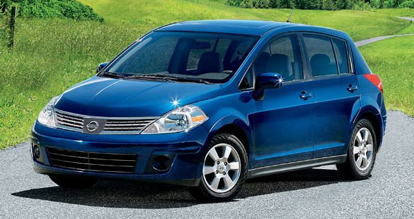 2009 Nissan Versa, Hatchback Front Right Quarter View, manufacturer, exterior