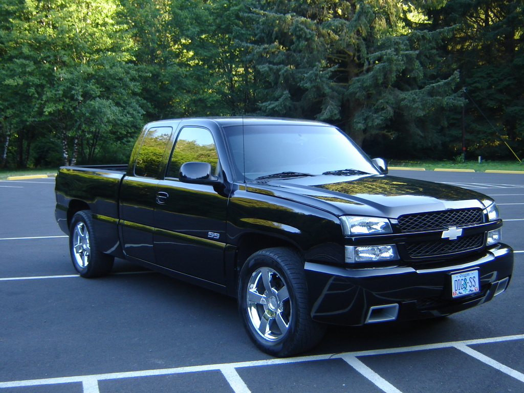 of 2005 chevrolet silverado 1500 ss 4 dr std awd extended. Black Bedroom Furniture Sets. Home Design Ideas