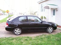 2000 Hyundai Accent Picture Gallery