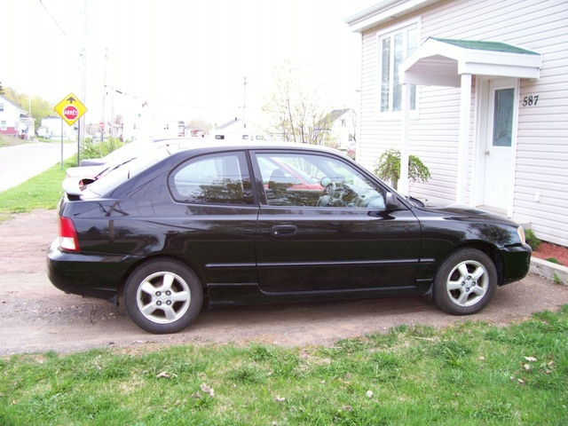 Picture of 2000 Hyundai Accent