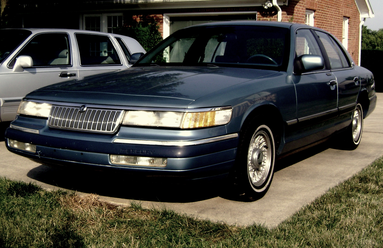 Mercury Grand Marquis Car Photos Videos Info
