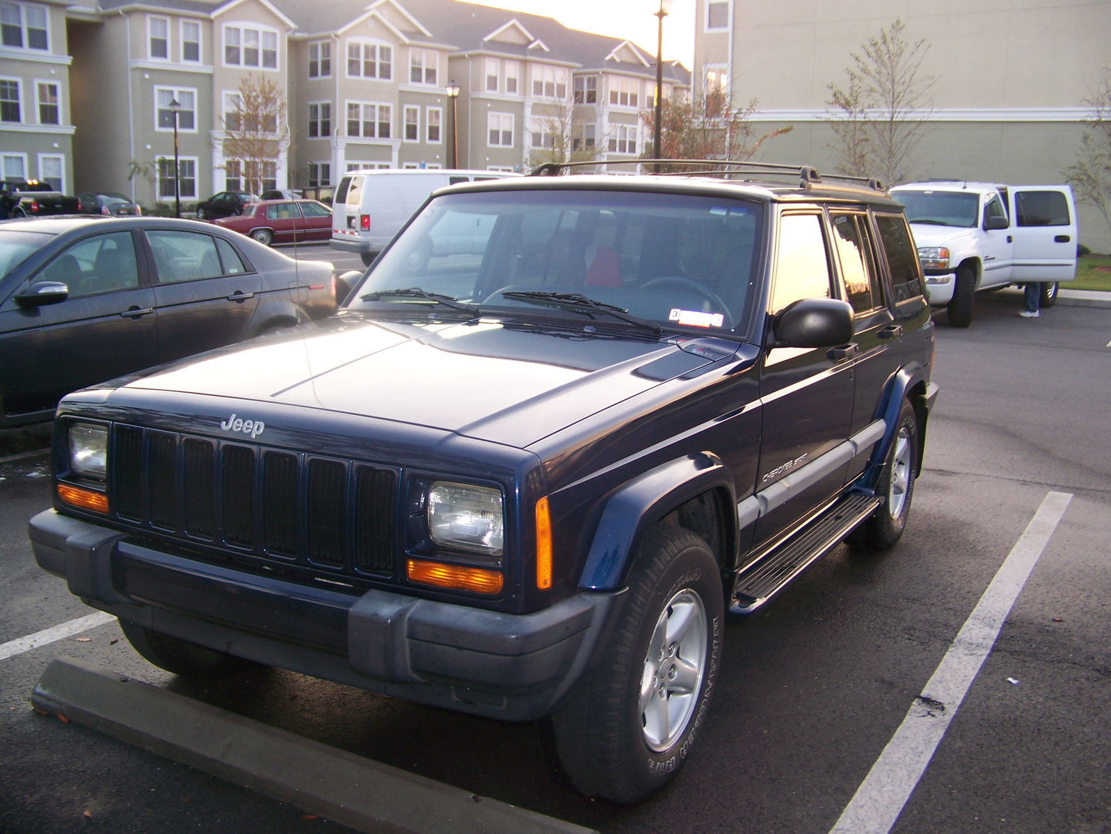 picture of 2001 jeep cherokee sport exterior. Cars Review. Best American Auto & Cars Review