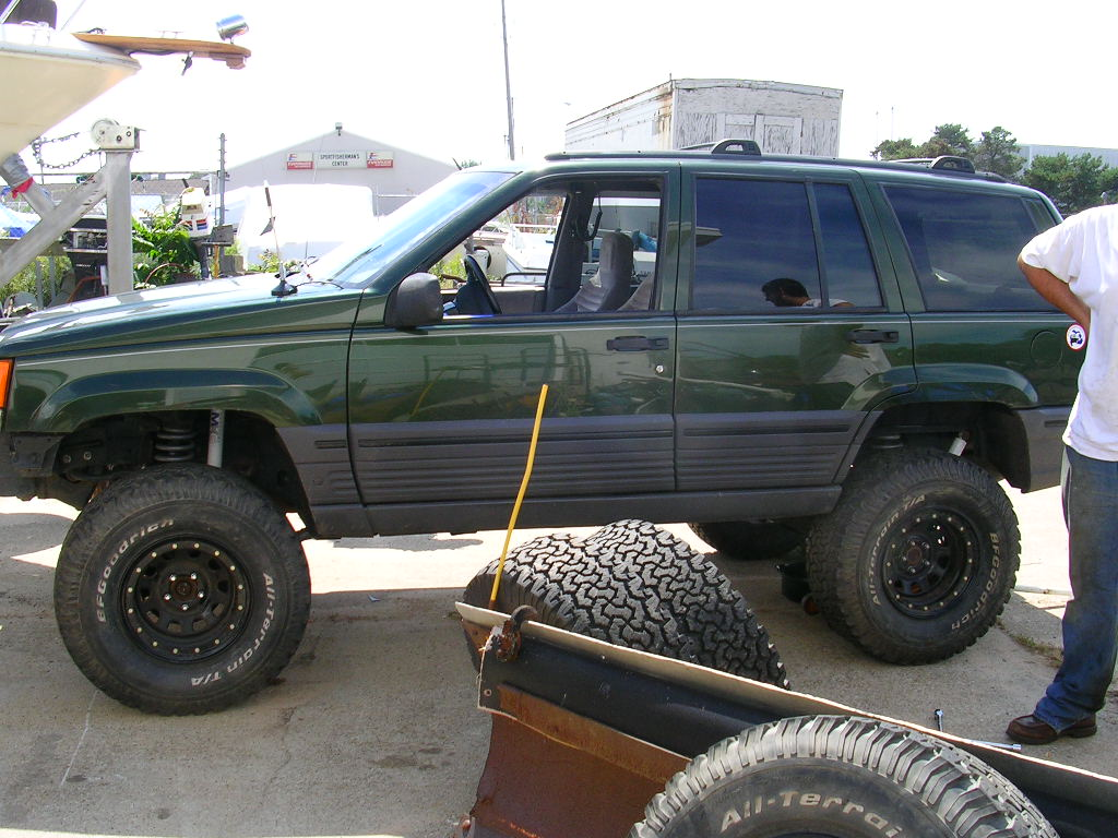 1995 jeep grand cherokee laredo 4wd 1995 jeep grand cherokee 4 dr laredo 4wd suv picture exterior. Black Bedroom Furniture Sets. Home Design Ideas