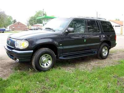 2000 Mercury Mountaineer 4 Dr STD AWD SUV picture