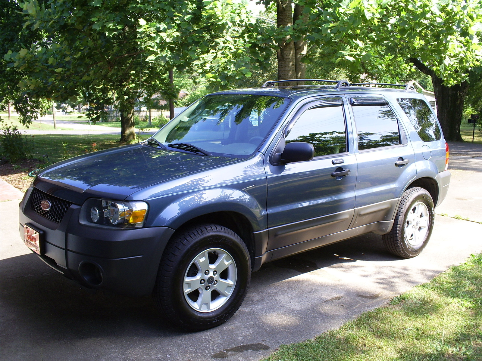 picture of 2005 ford escape xlt exterior. Cars Review. Best American Auto & Cars Review