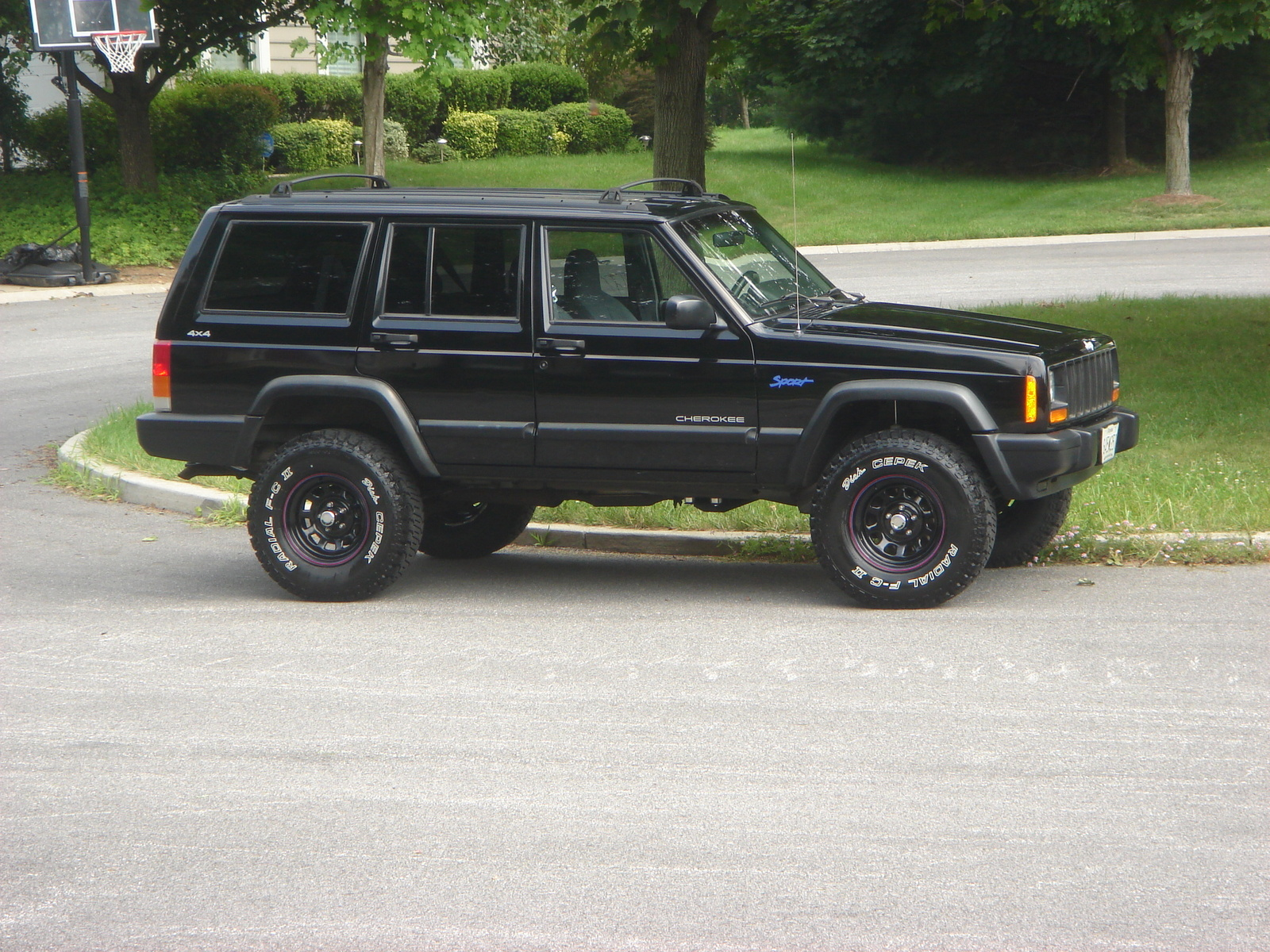 Picture of 1997 Jeep Cherokee 4 Dr Sport 4WD