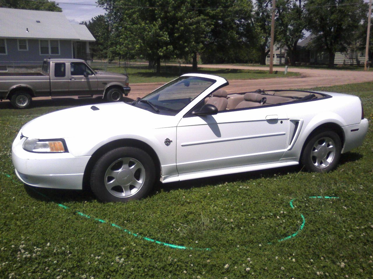 ford mustang 1999 convertible car autos gallery. Black Bedroom Furniture Sets. Home Design Ideas