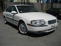 2002 Volvo S80 Picture Gallery