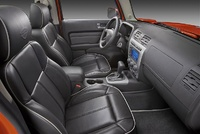Picture of 2009 Hummer H3T, interior, manufacturer