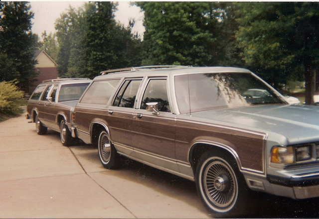 Picture of 1990 Mercury Grand Marquis 4 Dr Colony Park GS Wagon