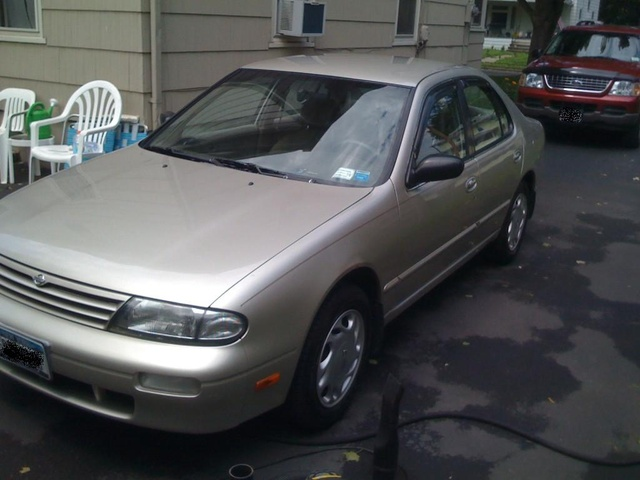 Picture of 1997 Nissan Altima GXE, exterior, gallery_worthy