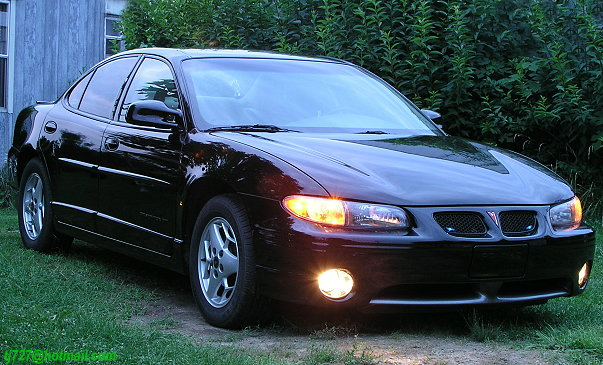 1996 Pontiac Grand Prix 4 Dr GT Sedan picture