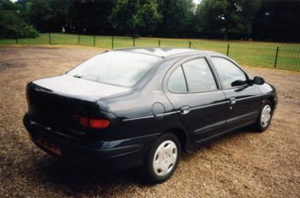 Picture of 1997 Renault Megane, exterior