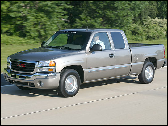 2005 GMC Sierra 1500 4 Dr SLE 4WD Extended Cab SB picture