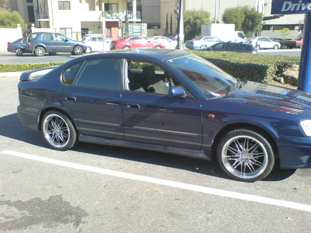 Picture of 2000 Subaru Liberty, exterior
