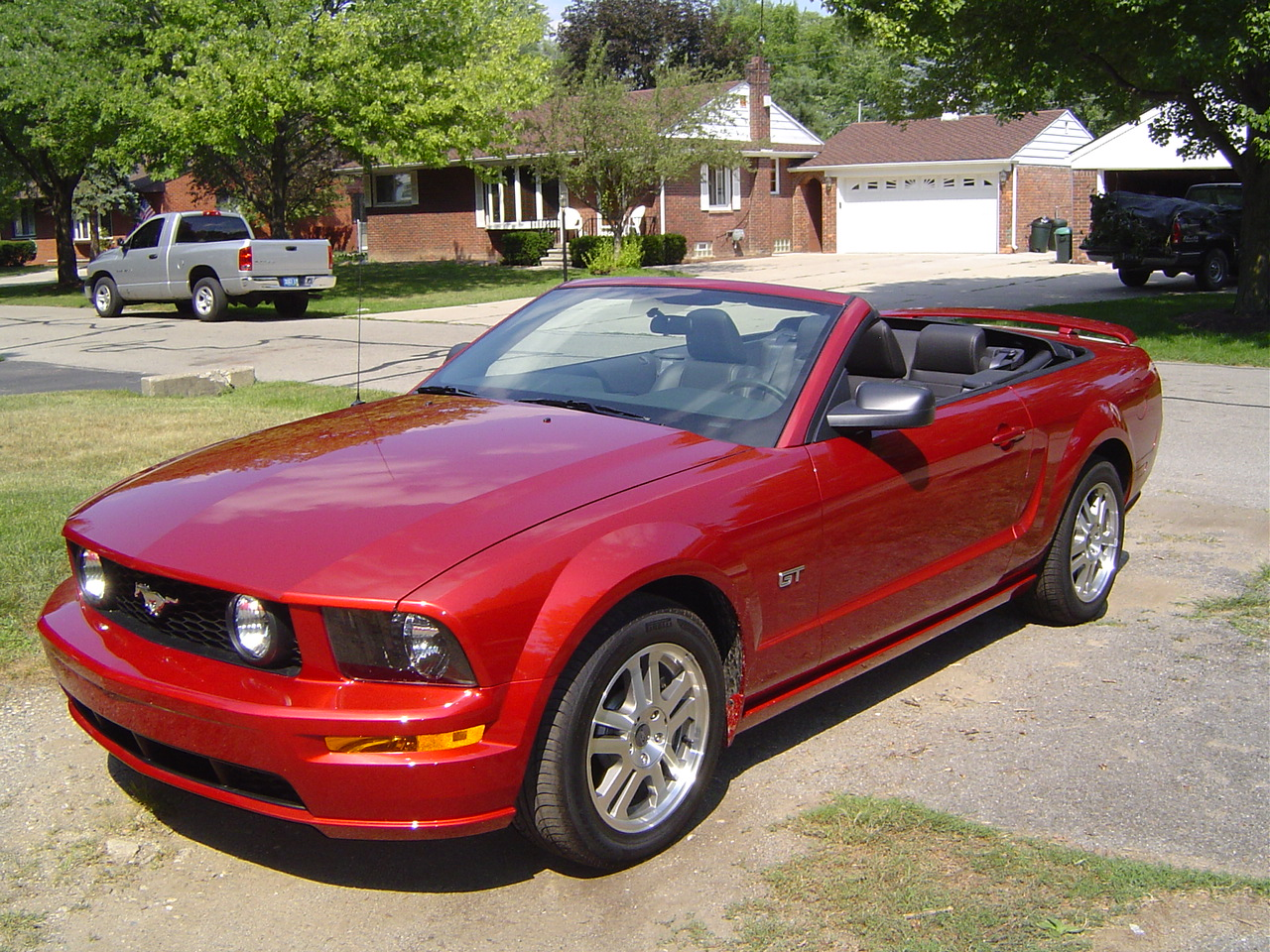 2005 Ford Mustang - Exterior Pictures - CarGurus