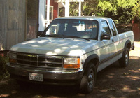1991 Dodge Dakota Overview