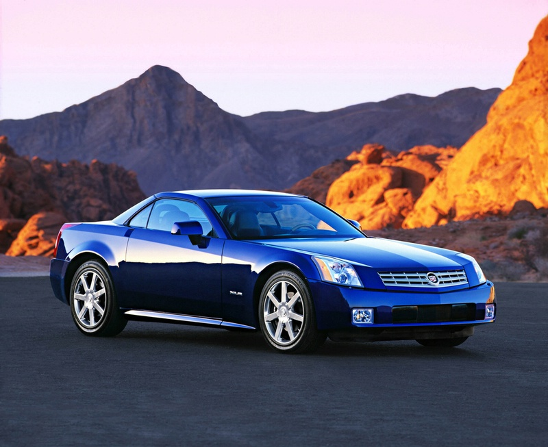 2009 Cadillac XLR-V, Front Right Quarter View, manufacturer, exterior