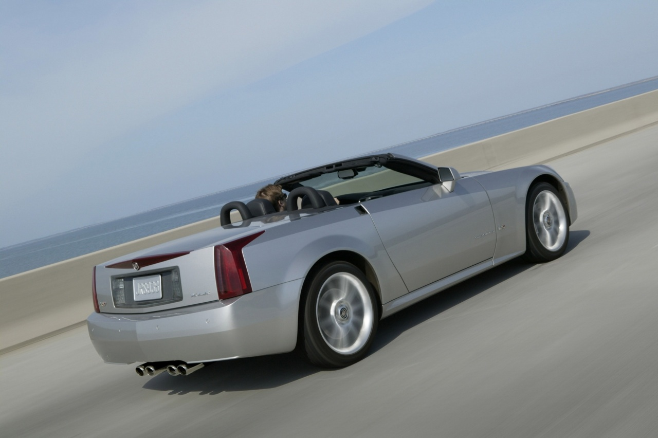 2009 Cadillac XLR-V Overview