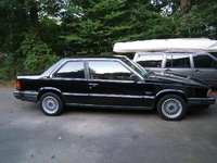 1990 Volvo 780 Overview