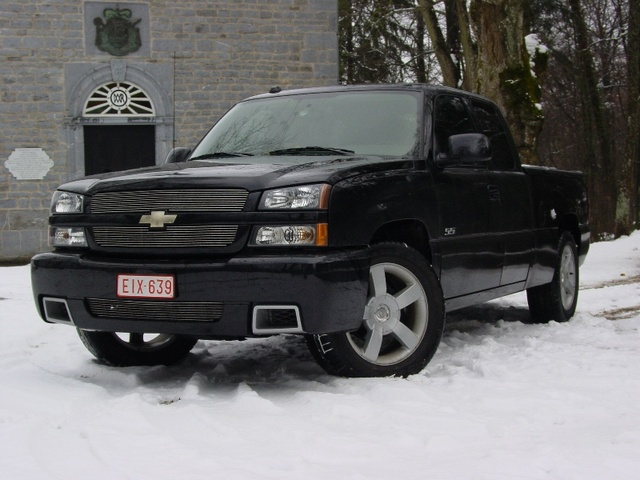 2004 chevrolet silverado 1500 ss pictures cargurus. Black Bedroom Furniture Sets. Home Design Ideas