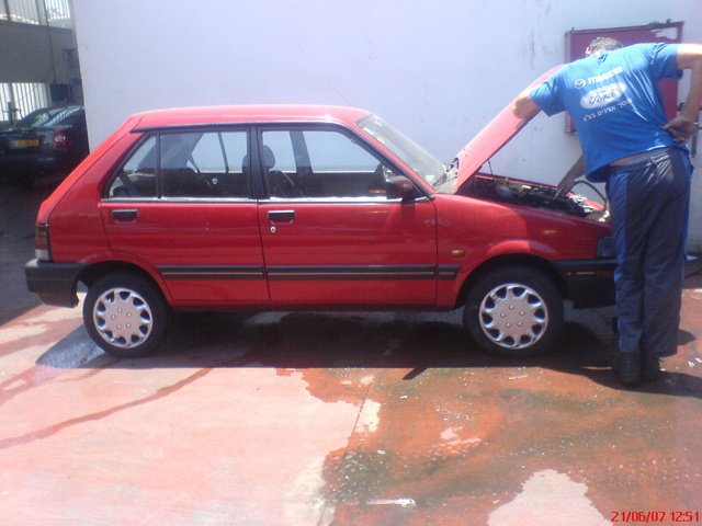Picture of 1994 Subaru Justy