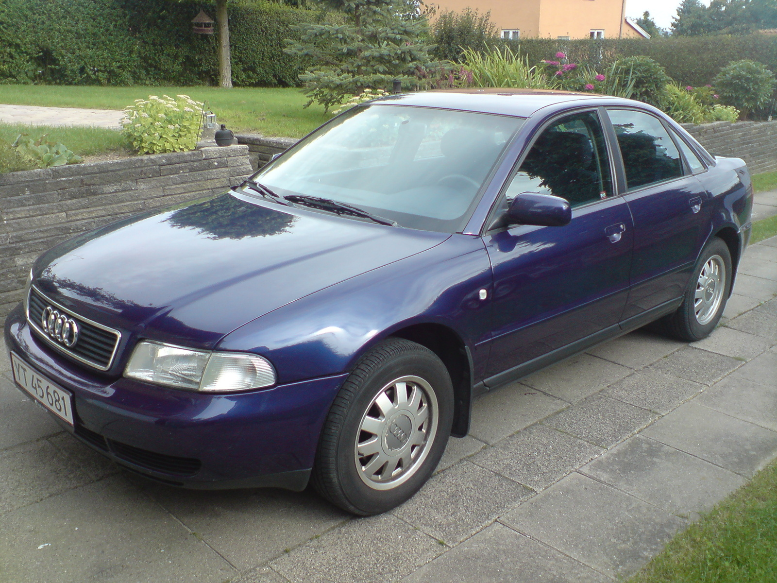 1998 Audi A4 4 Dr 1.8T Turbo Sedan picture, exterior