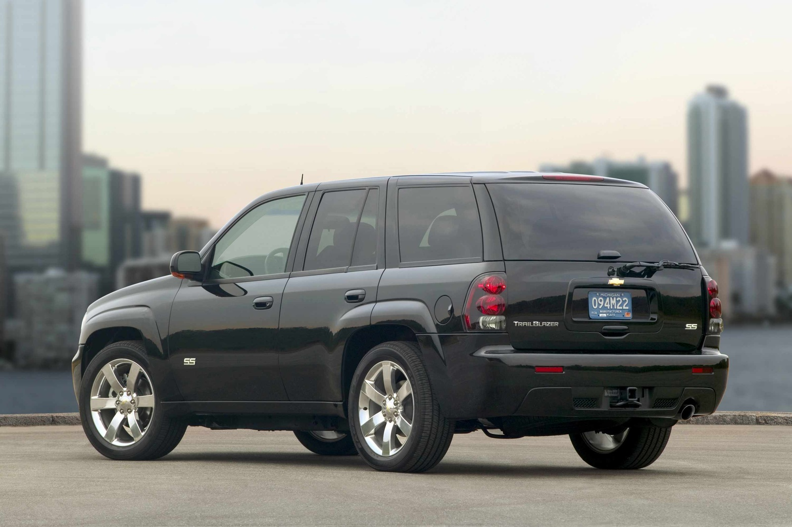 2009 Chevrolet TrailBlazer, Back Left Quarter View, manufacturer, exterior