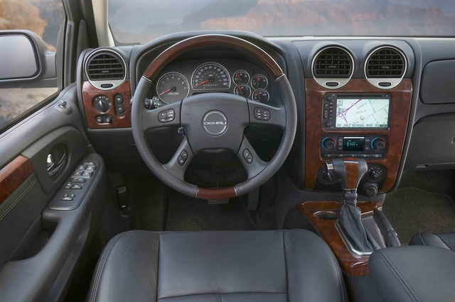 2009 GMC Envoy Denali, Interior Front Dash View, interior, manufacturer