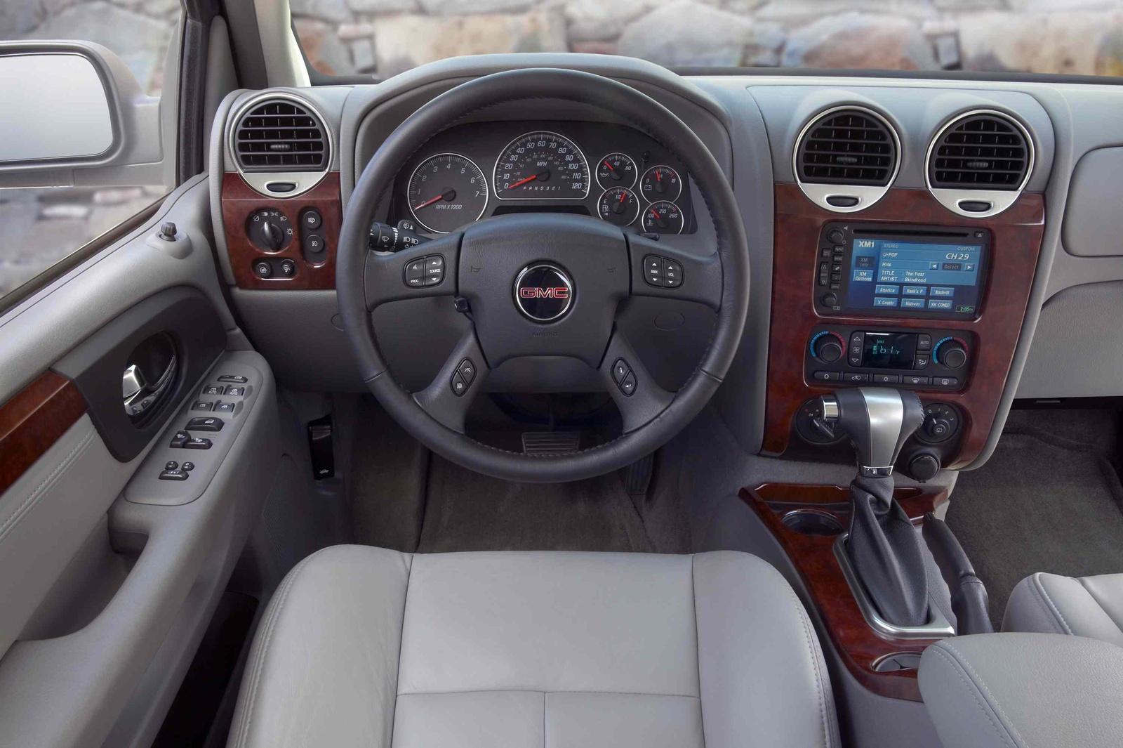 2009 GMC Envoy Denali, Interior Front Dash, interior, manufacturer