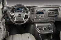2009 GMC Savana, Interior Dash View, interior, manufacturer