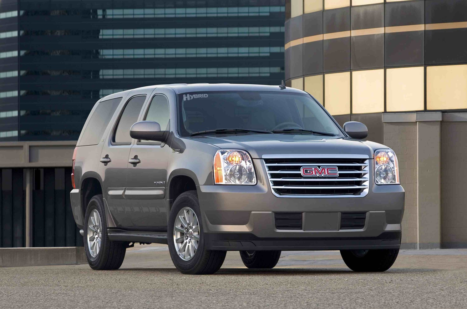 2009 GMC Yukon Hybrid, Front Right Quarter View, manufacturer, exterior