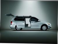 2009 Hyundai Entourage, Side Doors Open, exterior, manufacturer