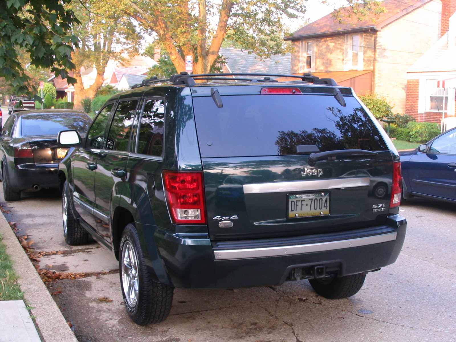 picture of 2006 jeep grand cherokee overland exterior. Cars Review. Best American Auto & Cars Review