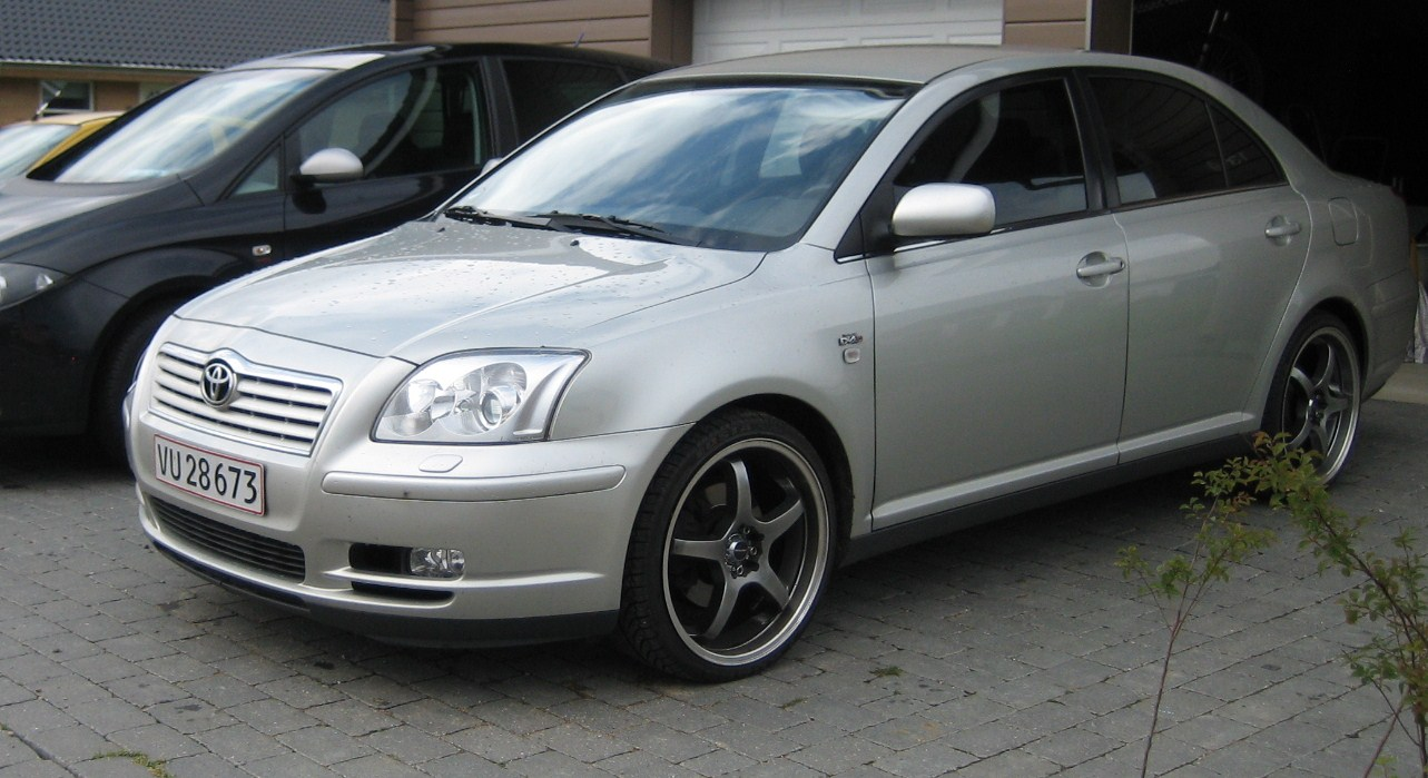 2004 toyota avensis pictures cargurus. Black Bedroom Furniture Sets. Home Design Ideas