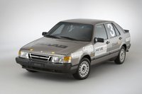 1986 Saab 9000 Overview