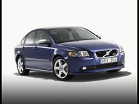 2009 Volvo S40, Front Right Quarter View, exterior, manufacturer