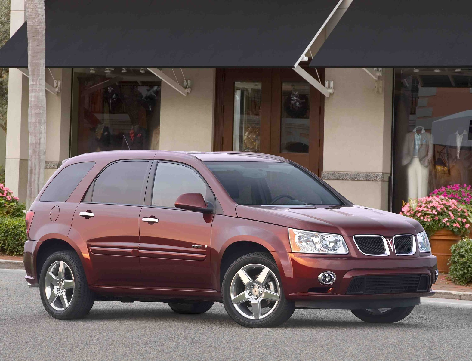 2009 Pontiac Torrent, Front Right Quarter View, manufacturer, exterior