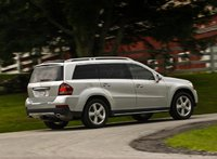 2009 Mercedes-Benz GL-Class, Back Right Quarter View, exterior, manufacturer