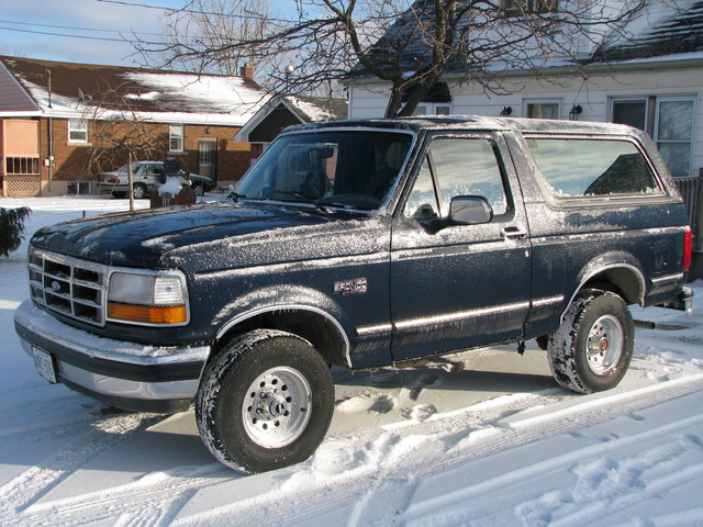 1988 ford tempo with 1992 Ford Bronco Pictures C274 on 2005 Ford F 150 Pictures C5234 pi36199294 also 6602 1991 Ford Tempo 7 further 2006 Ford Fiesta Pictures C9340 pi15960767 furthermore 6 Carros Abandonados Em Natal Rn Que Voce Precisa Ver also 2002 Ford Ranger Pictures C149 pi36251977.
