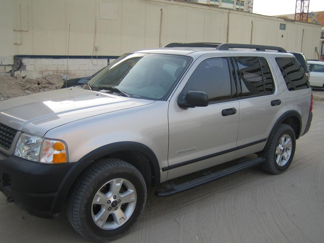 picture of 2005 ford explorer xlt v6 exterior - 2005 Ford Explorer Interior