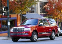 2009 Lincoln Navigator, Front Left Quarter View, exterior, manufacturer, gallery_worthy