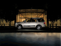 2009 Lincoln Navigator, Left Side View, manufacturer, exterior