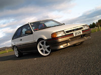 1989 Ford Laser Picture Gallery