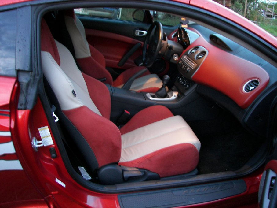 2007 Mitsubishi Eclipse GT picture, interior